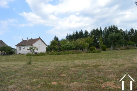 House in a peaceful setting with breath-taking views!  Ref # Li586