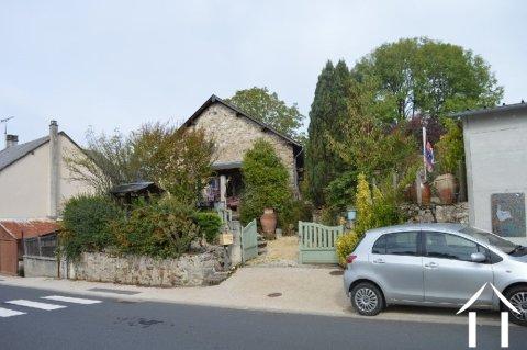 Renovated village barn of over 2000ft² Ref # Li587