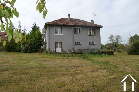 Village house on 1.44 acres Ref # Li592