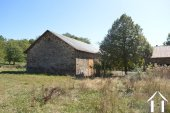 Two houses with large outbuildings and 4 ¼ acres Ref # Li596 image 44