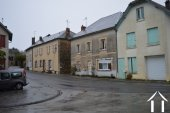 Large town house with 7 rooms! Ref # Li598 image 1