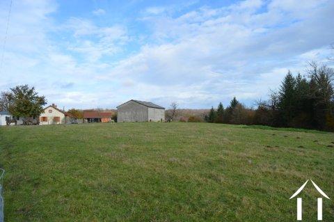 Farmhouse on 12,28 acres and pond Ref # Li602