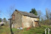 Farmhouse on 14,2 acres with 2 sources and outbuildings Ref # Li605 image 32