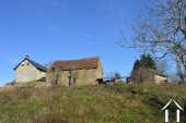 Farmhouse on 14,2 acres with 2 sources and outbuildings Ref # Li605 image 31