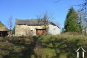 Farmhouse on 14,2 acres with 2 sources and outbuildings Ref # Li605 image 30