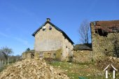Farmhouse on 14,2 acres with 2 sources and outbuildings Ref # Li605 image 28
