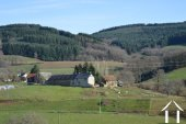 Farmhouse on 14,2 acres with 2 sources and outbuildings Ref # Li605 image 1