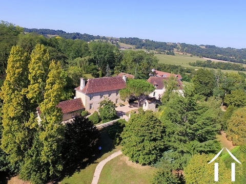 Fine 18c Country Estate with stunning views. Ref # BE4529 Main picture
