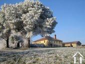 An idyllic Gascon farmhouse sitting in the heart of 30 ha o Ref # EL4383 image 3