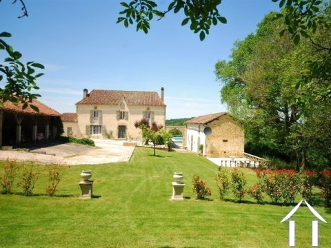 Classic Gascon farmhouse with 4ha of land Ref # EL4490