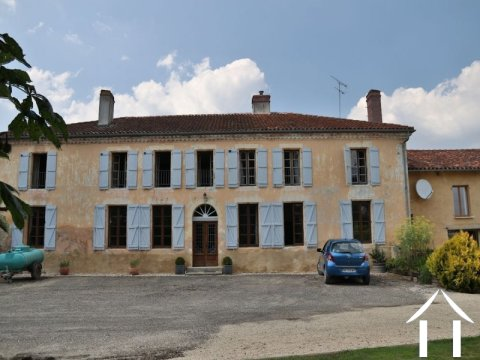 Equestrian property with fine farmhouse,  small vineyard an Ref # EL4654 Main picture