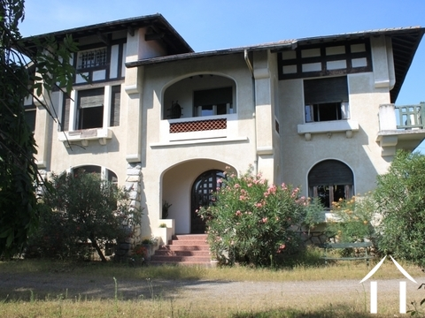 Very large house 5 bedrooms Ref # FV4381 Main picture