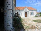 Large main housse  ideal for rent. 5 bedrooms Ref # FV4624 image 4