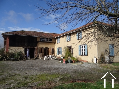 Renovated L shaped farmhouse on 6000 m² of land Ref # LBD456 Main picture