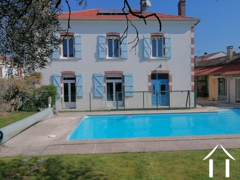 Character house, 300m², 6 bedrooms, pool. Ref # LC4526 Main picture