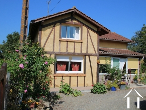 House, 110m², 2 chambres, 3755m² of land. Ref # LC4648 Main picture