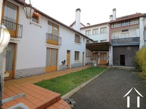 Townhouse, 8 bedrooms, outbuildings, 829m² of land Ref # LC4653 Main picture