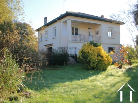 House, 3 bedrooms, 1415m² with large garage. Ref # LC4665 Main picture