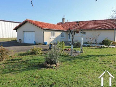 Villa (140m²), 3 bedrooms, garage, 1507m² of land. Ref # LC4676