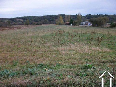 Building plot Ref # MP6022