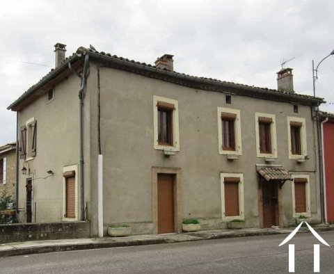 Attached village house 160m2 with small outside sitting area 3m2. Ref # MP9015