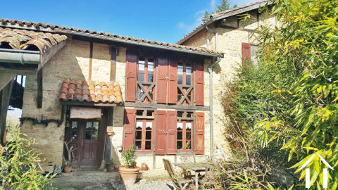 Domain with main house and 3 gites potential on 1ha of land with source Ref # MP9067