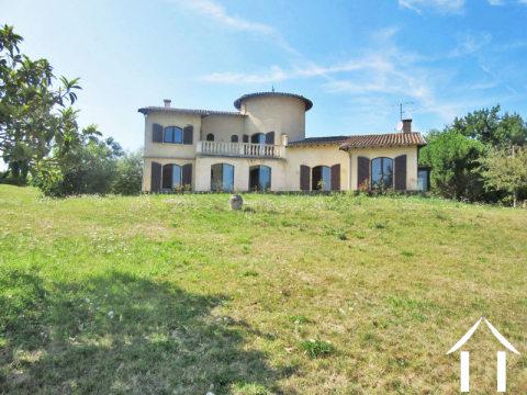 Country house 200m2 with 7 200m2 of land with nice view on the countryside and the pyrénées Ref # MP9074