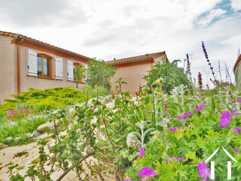 4 bedrooms house with garden and view to the Pyrenees Ref # MP9025