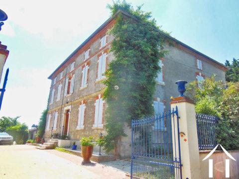 Maison de maître with gîte potential on 1ha Ref # MP9028 Main picture