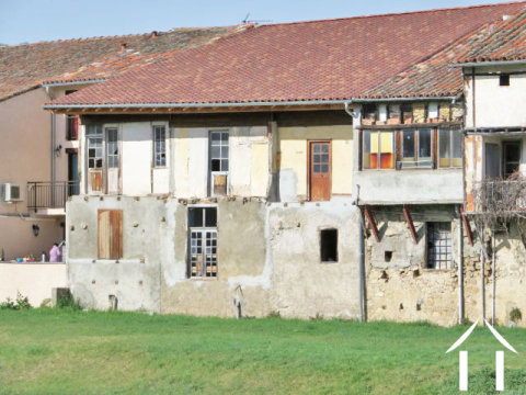 Village house to renovate Ref # MP9041