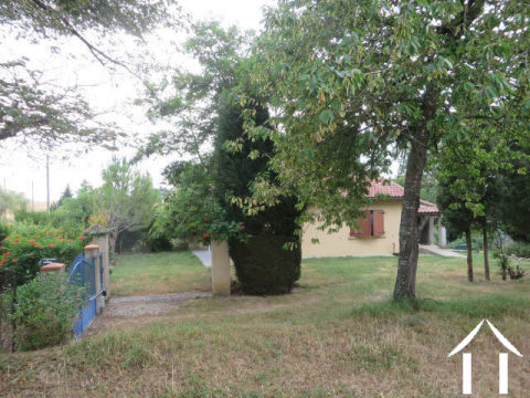 Villa on 2958m2 of land with view to the Pyrenees Ref # MP9053 Main picture
