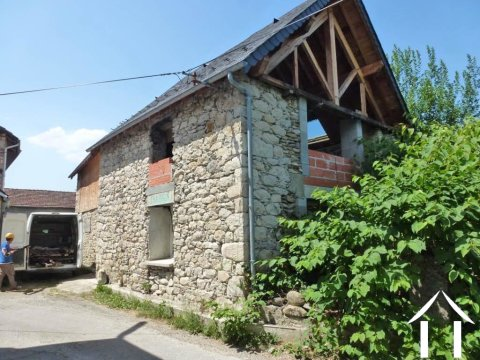 Detached barn to finish to convert with garden in a mountain village Ref # MPDJ001