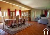 Great Provençal villa with swimmin pool, garden and beautiful views on the pyrenées. Ref # MPOA1850 image 11