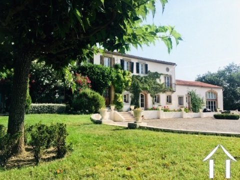 Beautiful house with gite in great location and amazing views! Ref # MPOP0072