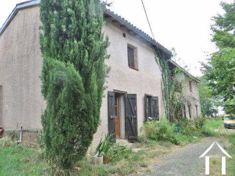 Country house 150m2 (possibility for gite), covered terrace and garden 2141m2 with stunning views of Ref # MPP8058