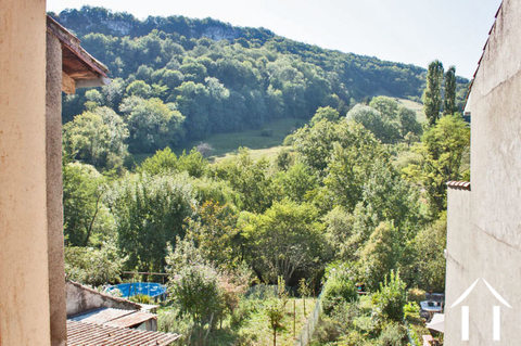 Village house 80m2 with garden of approx. 139m2 overlooking a river. Ref # MPP9031 Main picture