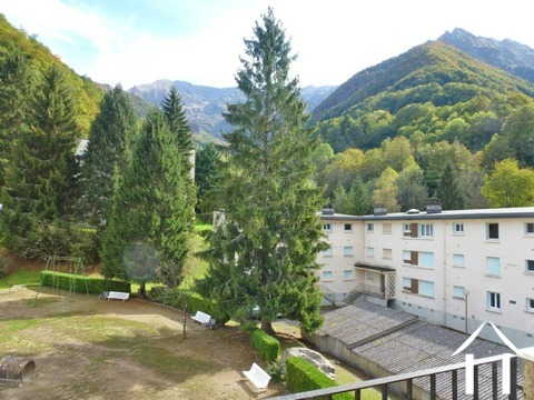 Lovely apartment, approx. 75m2 on the 3rd floor with beautiful mountain views, bright with a large b Ref # MPPDJ011 Main picture