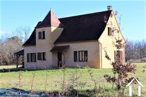 Beautiful house in Périgourdine style with 2998 m² of land Ref # MPPLS1028
