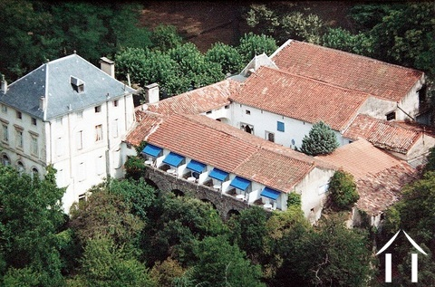 In the Hérault, in the heart of the Natural Park of Haut-Languedoc a beautiful property with mansion Ref # MPPMLP460 Main picture