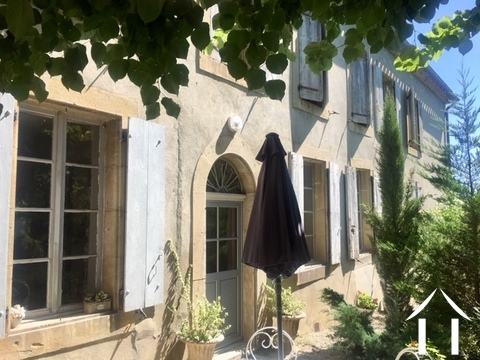 Charming 4/5 bedroom guest house (250m2) with two gites, art gallery/studio, 3 large garages, cellar Ref # MPPop0076 Main picture