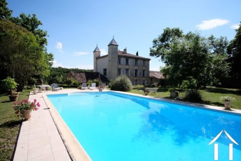 Magnificent Chateau with 2 separate cottages, outbuildings & pool on 11.22 ha Ref # MPOP0026